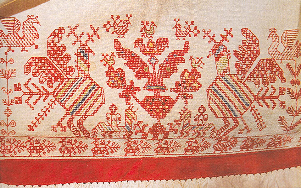 фрагмент вышивки рубахи