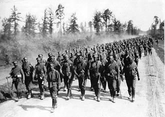 26 сентября. Памятная дата военной истории России. В этот день в 1914 году русские войска под командованием Николая Иванова разгромили австро-венгерские войска в Галицийской битве.