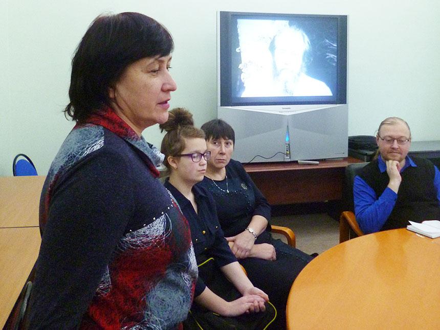 член жюри - кандидат филологических наук, литературовед Елена Титова