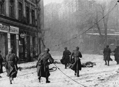 В  этот день в 1945 году советские войска взяли германскую мощную крепость  Кенигсберг