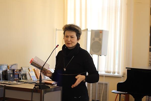 Встреча читателей с петербужским поэтом Екатериной Полянской