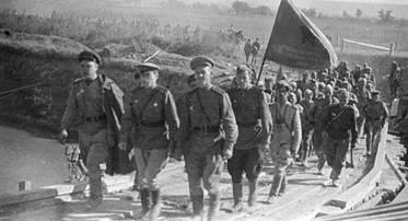 В этот день в 1944 году завершилась  Ясско-Кишиневская операция, в ходе которой была освобождена Молдавия, а Румыния  — выведена из войны