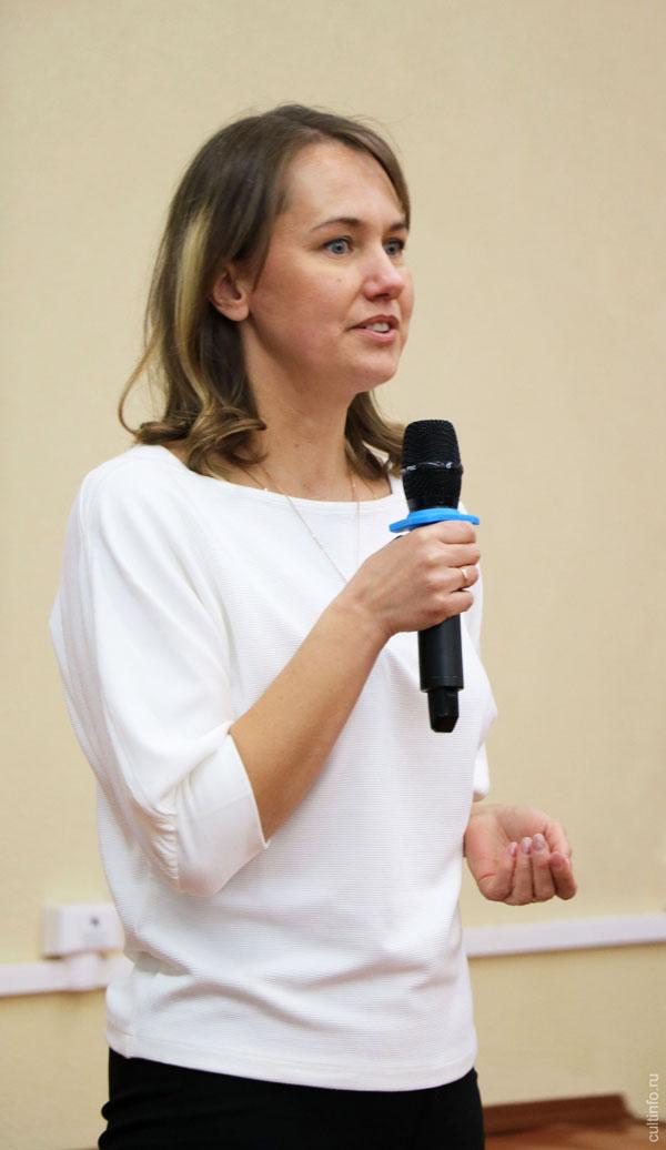 Светлана Николаевна Груничева на открытии Зимней школы